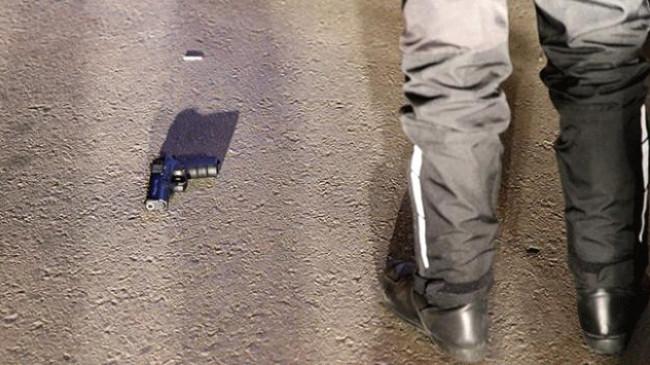 Antalya'da yaralanan polis memuru hayatını kaybetti