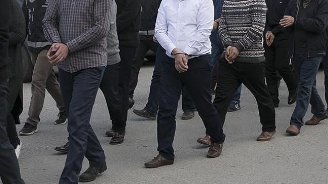 İstanbul merkezli 3 ilde silah ticareti operasyonu: 25 gözaltı