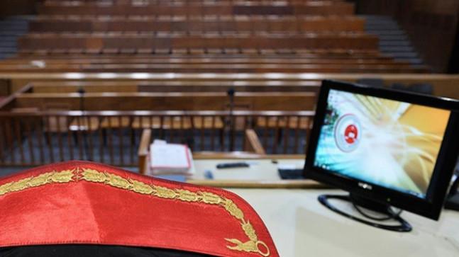 """İzmir'deki """"askeri casuslukta kumpas"""" davası"""